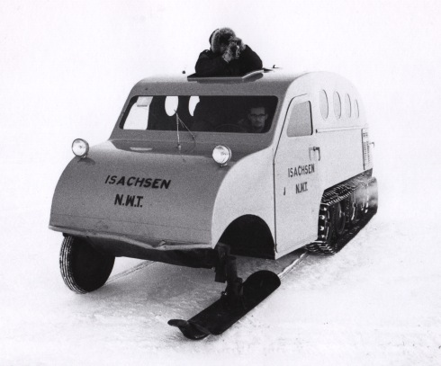 Isachsen_snowmobile
